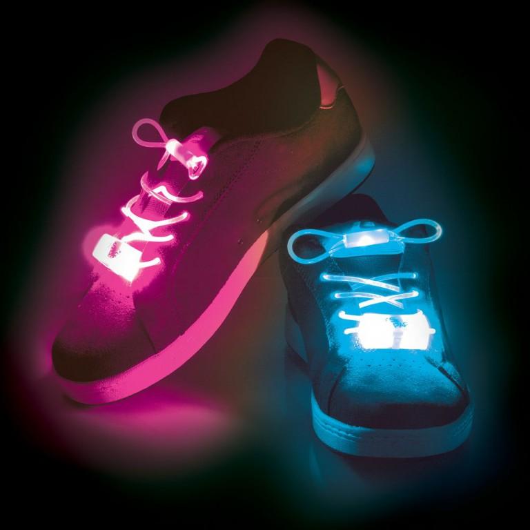 Svítící tkaničky do bot