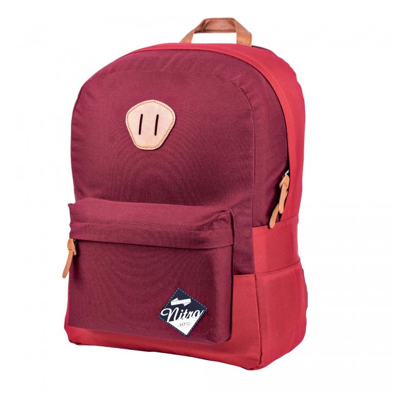 Červený batoh Nitro v hodnotě 950 Kč