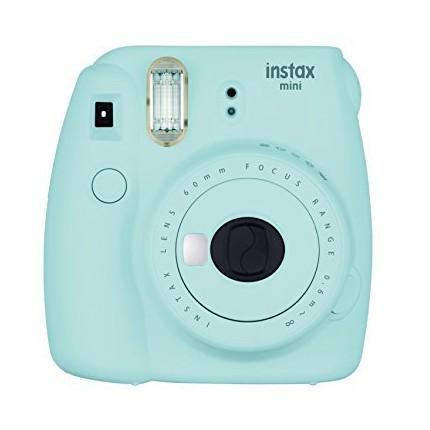 Ledově modrý Instax Mini 9 v hodnotě 2190 Kč